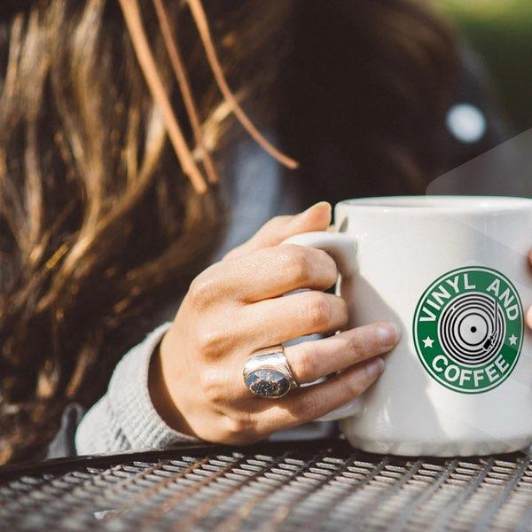 vinyl-and-coffee-mister-galette-mugs