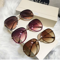 Load image into Gallery viewer, Diamond Sunglasses