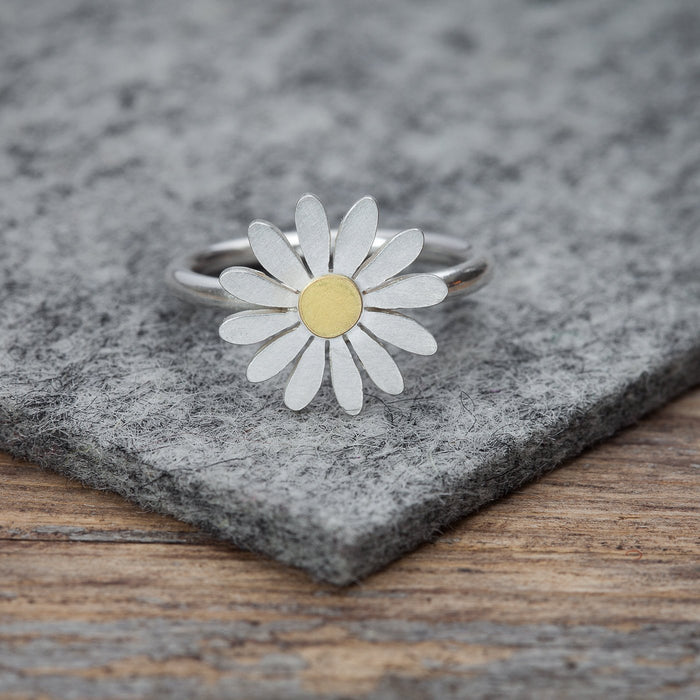 aster flower ring by Diana Greenwood jewellery