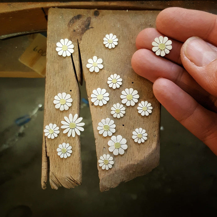 daisies in silver and 18ct gold by diana greenwood
