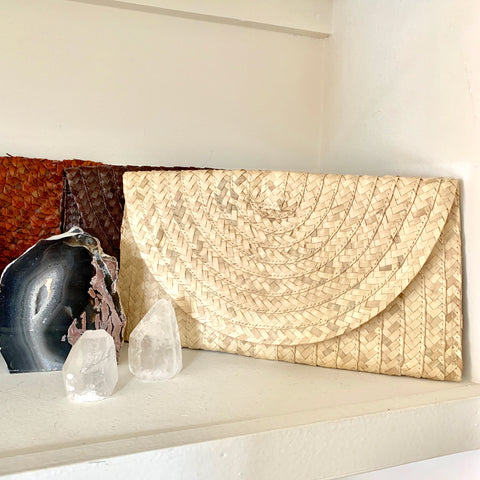 Naura Natural Clutch