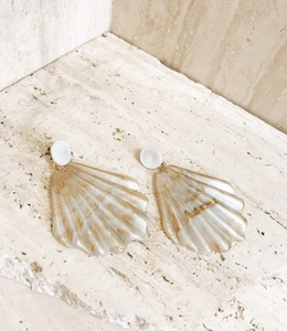 Rylee Marbled Shell Earrings Pearl