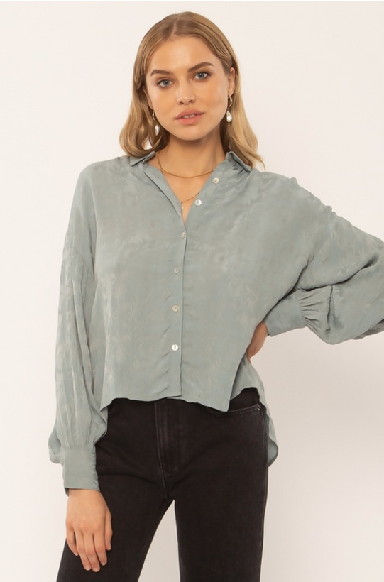 WOMEN'S TOPS SALE