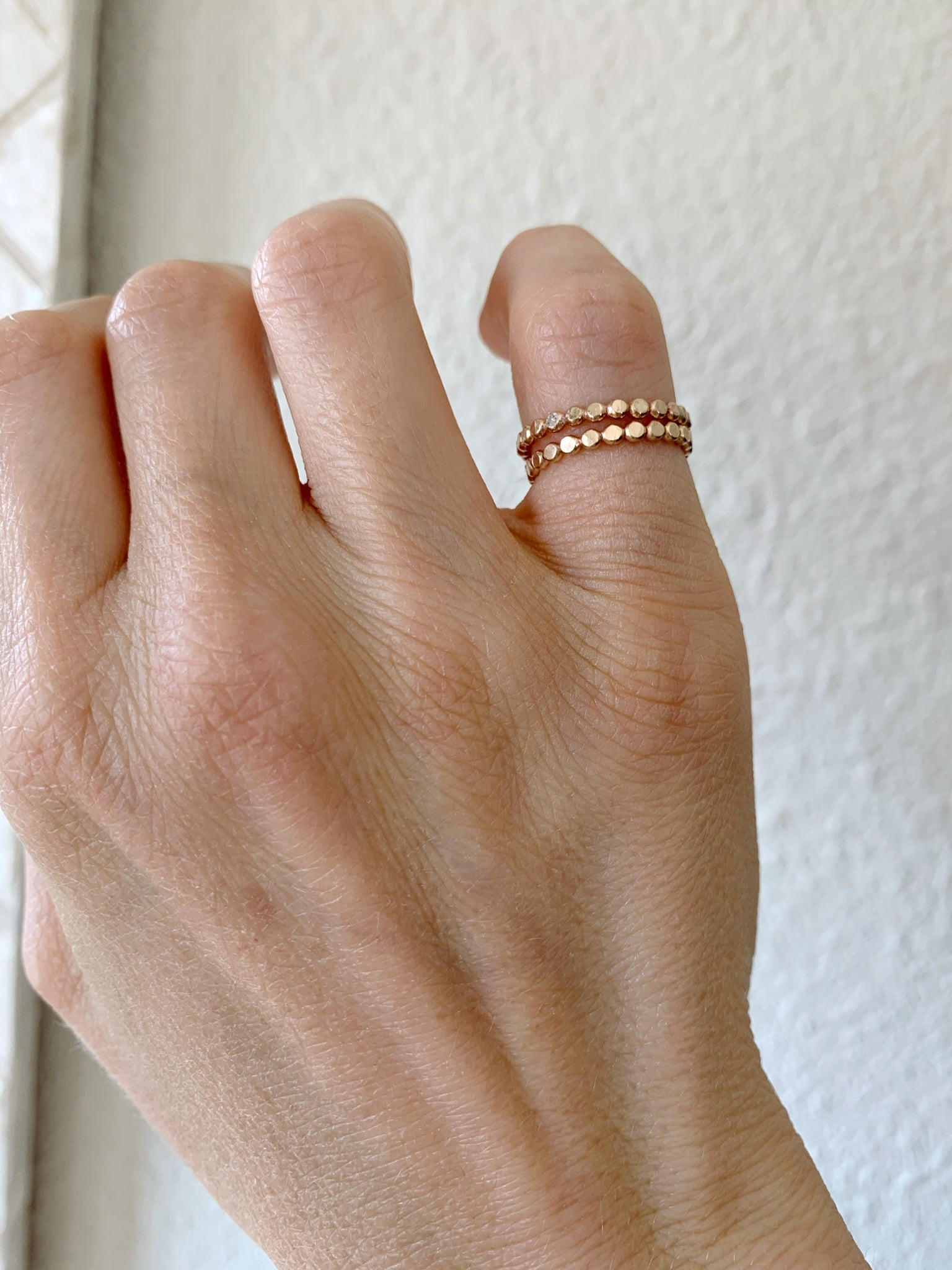 Dotted Band Toe Ring gold