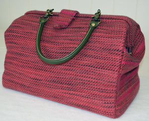 peru-wool-and-silk-carpet-bag