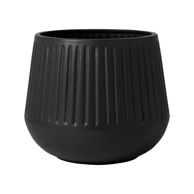 Matte Black Grooved Planter