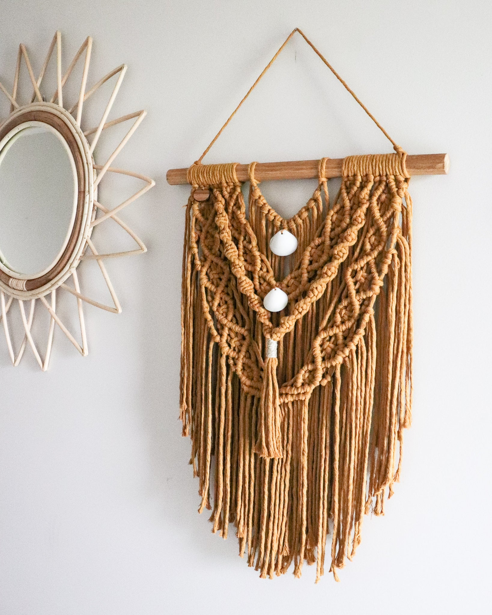 Sunshine | Small Macramè wall hanging