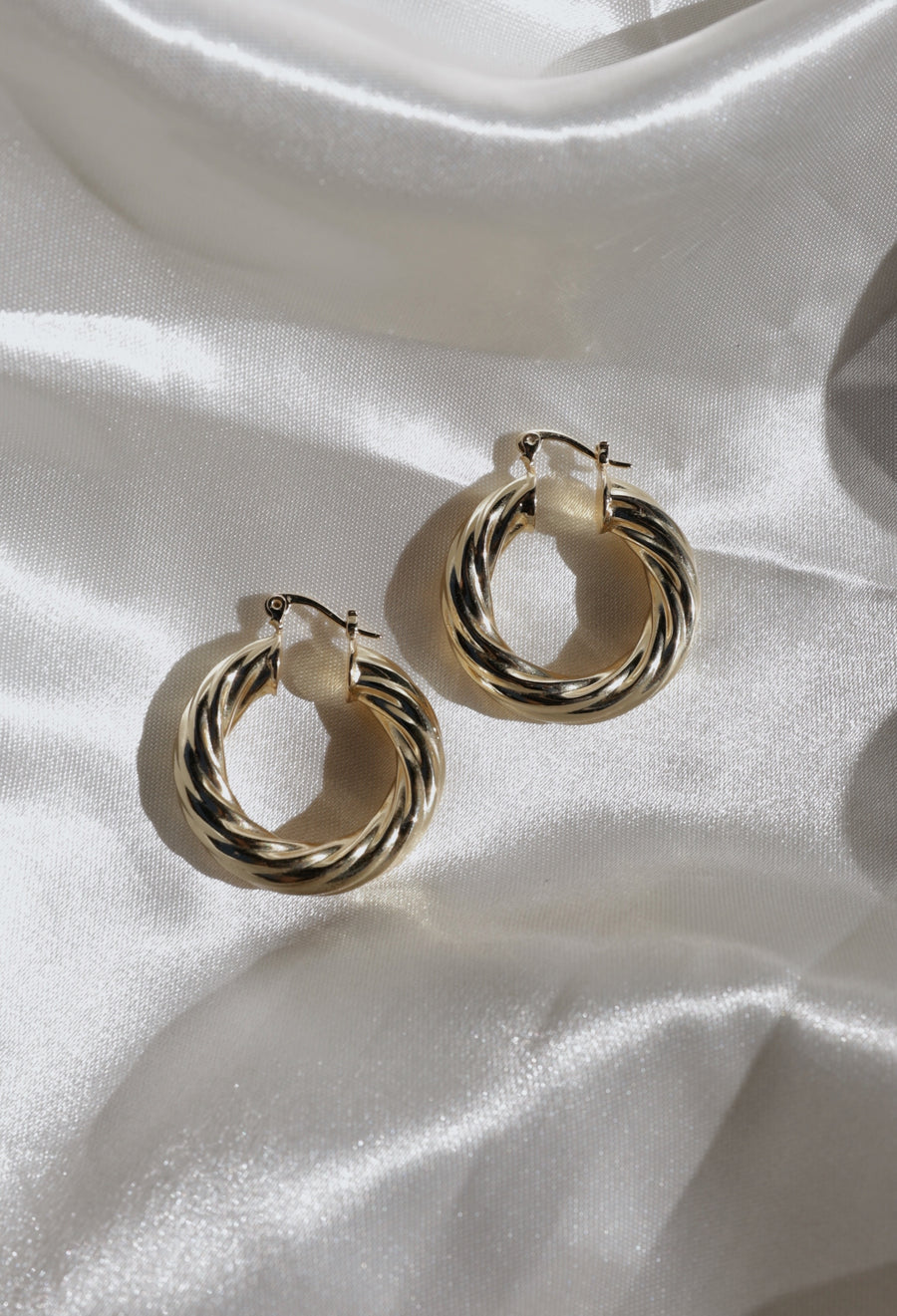 Twisted Tube Hoops
