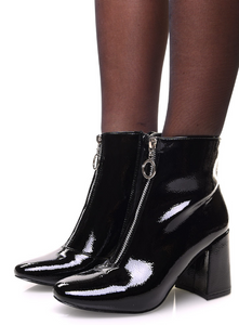 BOTTINES NOIRES GRAINÉES VERNIES