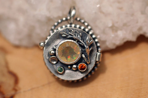 Gemas Escondidas Faceted Fire Opal Locket