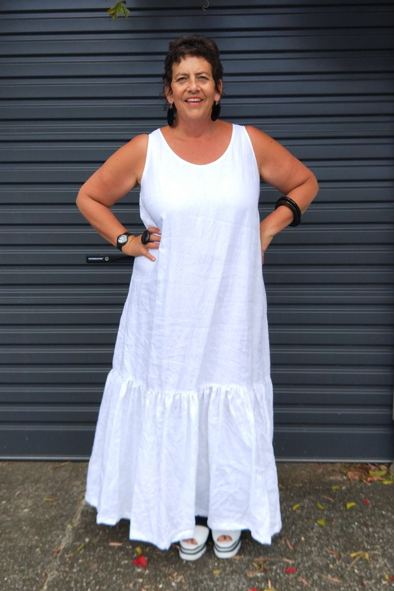 TCD Burbs Dress - White