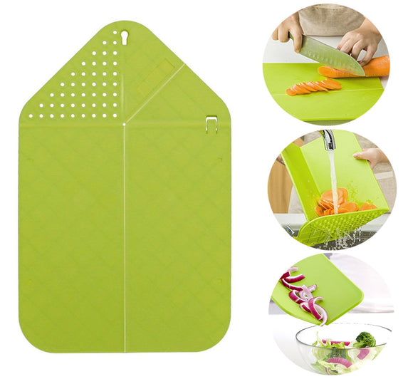 Rinse & Chop Board, Veggies & Fruit Multifunctional Foldable Chopping Board with Strainer (Green)
