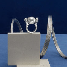 Load image into Gallery viewer, UNOde50 Ring in Clad with Silver