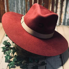 Load image into Gallery viewer, Charlie 1 Horse Burgundy Highway Hat