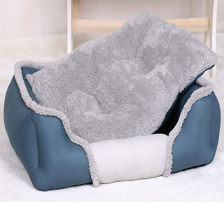 Comfortable Soft Touch All Seasons 26'' Dog Bed