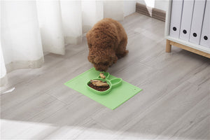 Pet SiliconePlacemat + 3 Food Feeding Divided Food Plate - Portable Non Slip Suction Mat for Feeding.