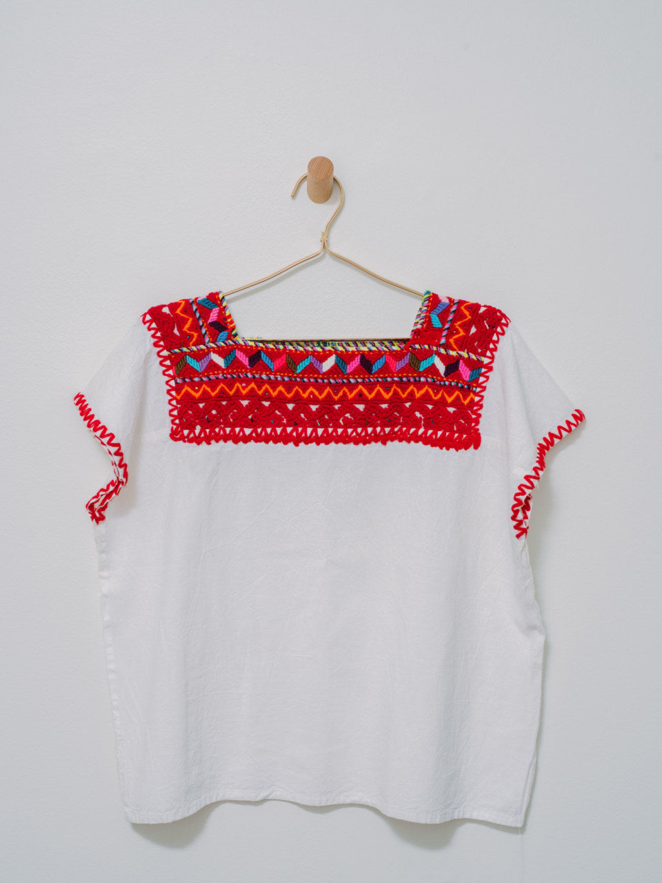 Corazon Top - Handmade, Embroidered Mexican Women Top - Chokolita
