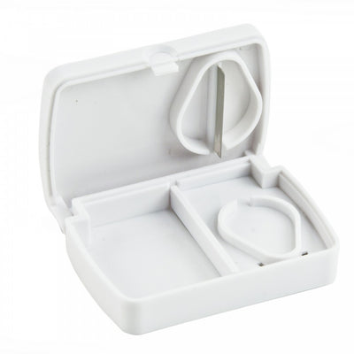 Pill-Storage-Box-with-Cutter Pill Storage Box with Cutter