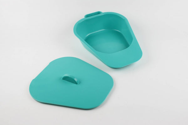 The image shows the green Selina Slipper Bed Pan with lid