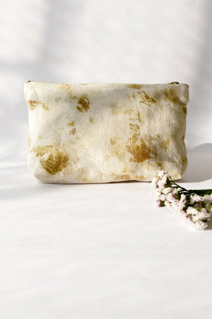 Naturally dyed medium toiletry pouch