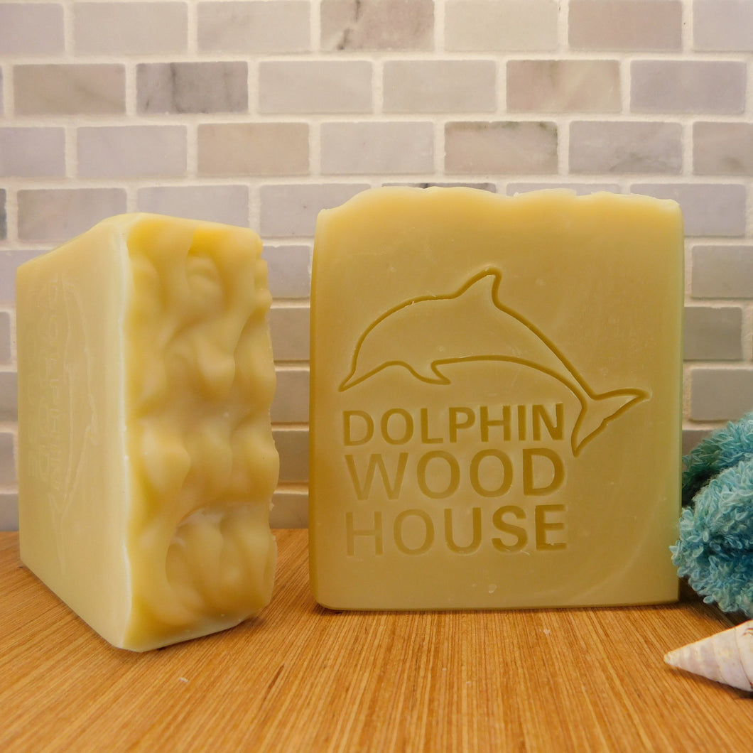 April Showers indeed brings forth May flowers and you will feel like a flower but not smell like one. With no fragrances or coloring added you will feel refreshed like you showered under a warm summer rain. Try this natural soap and delightful lather. Dolphin Wood House promises to leave your skin feeling much better than it was.   • 4oz bar • Very moisturizing • Great lather, lots of bubbles • No fragrance or color added, just natural oils and butter.