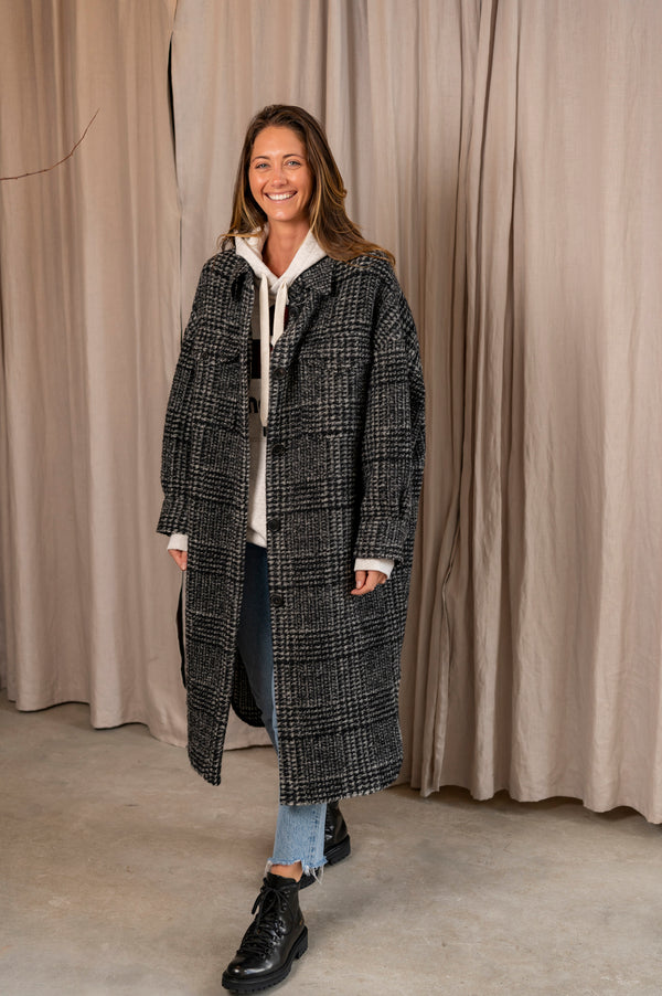 Gabrion Coat in Black