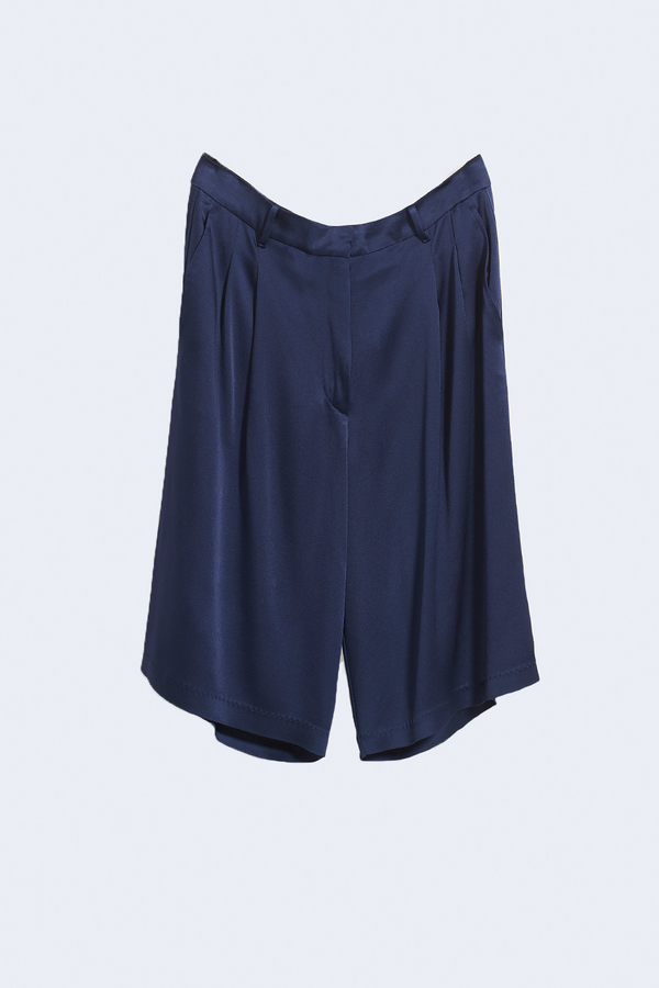 Viscose Crepe Envers Satin Bermuda Shorts in Blue