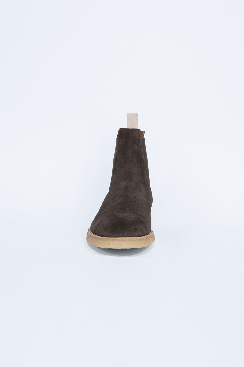 Chelsea Boot in Suede