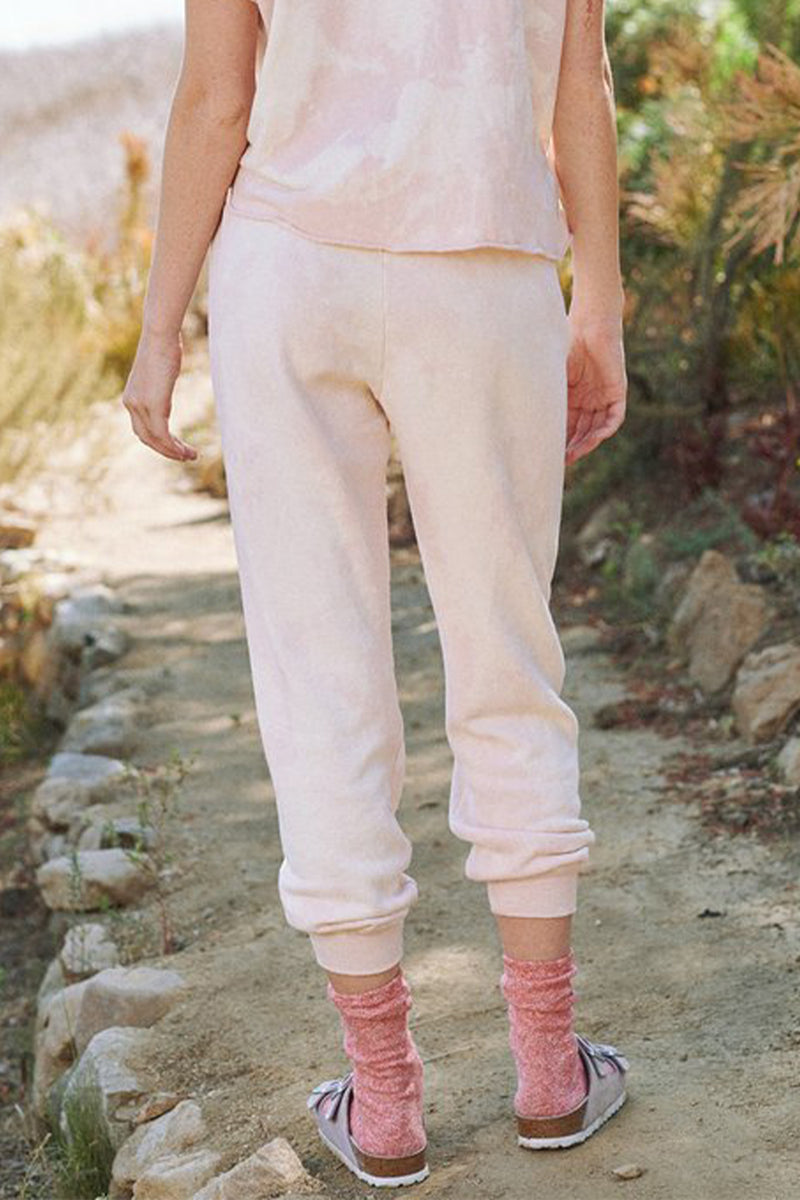 The Cropped Sweatpant in Whisper Pink