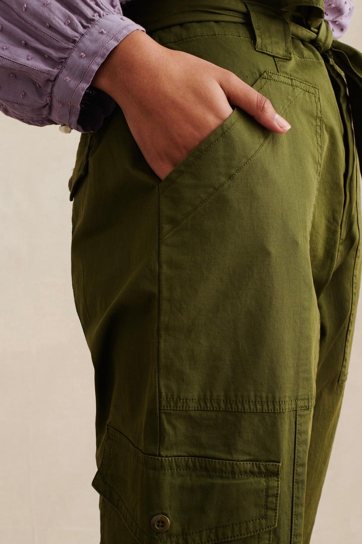 Women's Washed Expedition Pant in Army  Olive