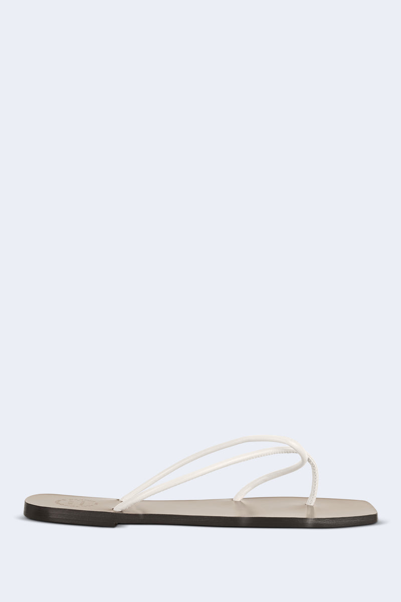 Alessano Nappa Flat Sandal in Ice White
