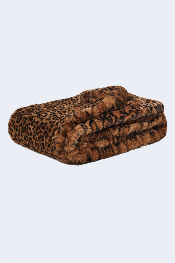 Brady Blanket in Plush Leopard