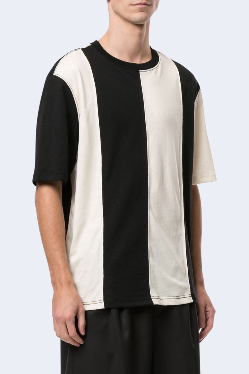 Bi Color Ami Label Tee in Black Ecru