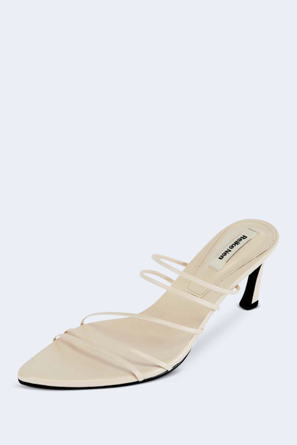 5 Strings Pointed Sandals in Cream