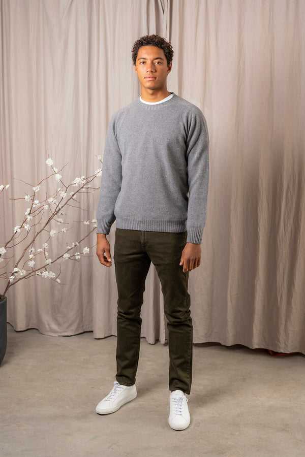 Seamless Supersoft Crew Neck Sweater in Mid Grey