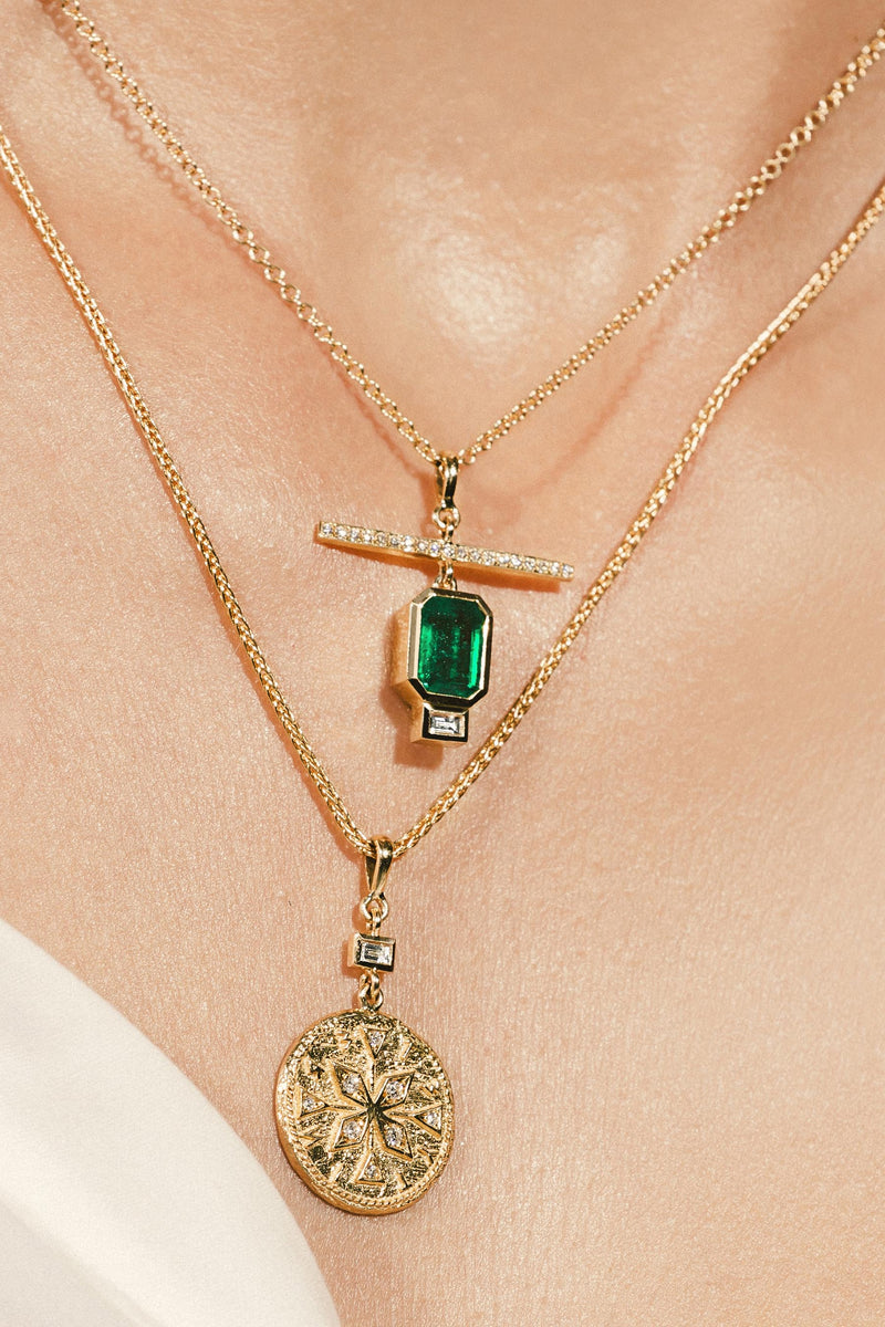 Emerald Nesw Diamond Necklace