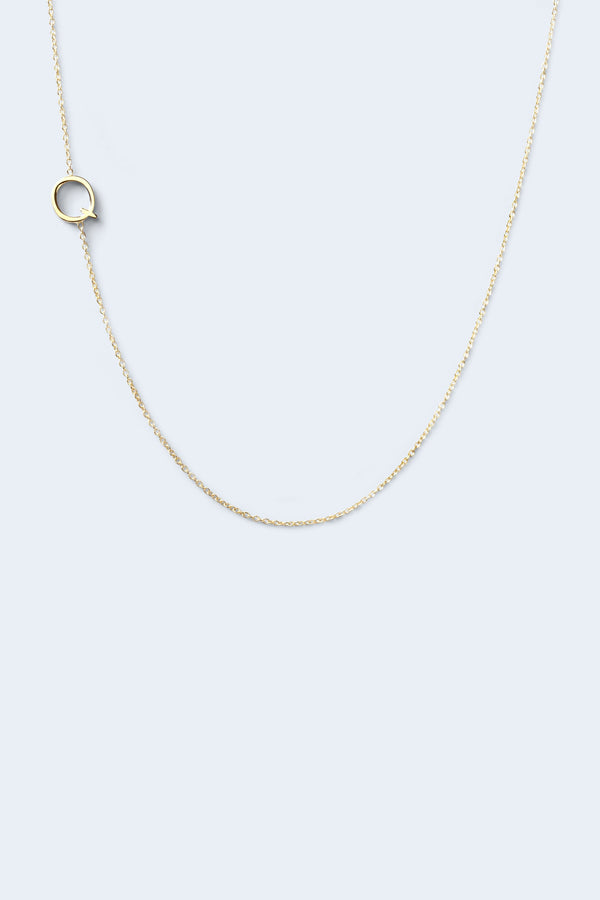 """Q"" Alphabet Letter Necklace - Yellow Gold"