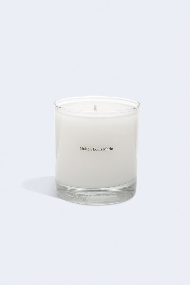 Classic Candle in No. 10 Aboukir
