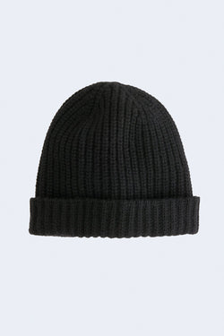 Cashmere Solid Beanie in Black