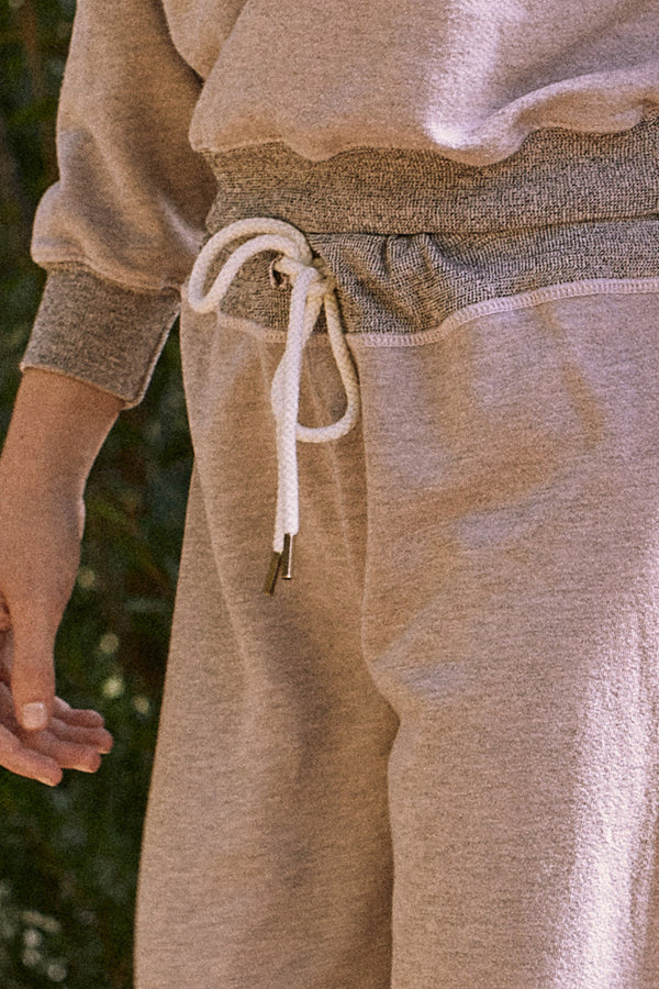 The Cropped Sweatpant in Heathered Oyster
