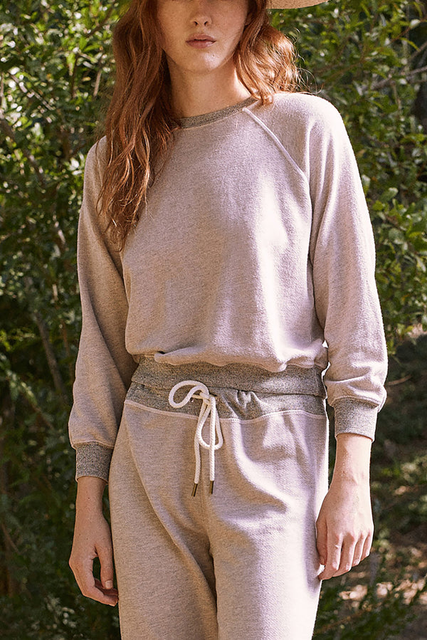 The Shrunken Sweatshirt in Heathered Oyster