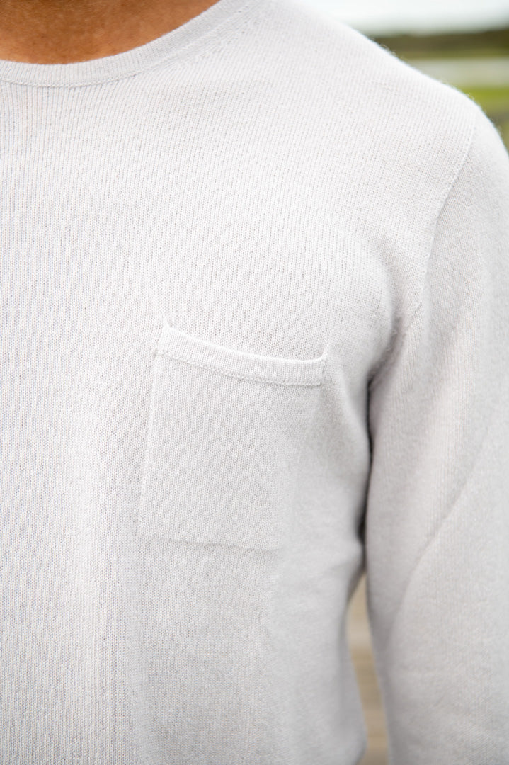 The Cashmere Pocket Crew in Light Grey
