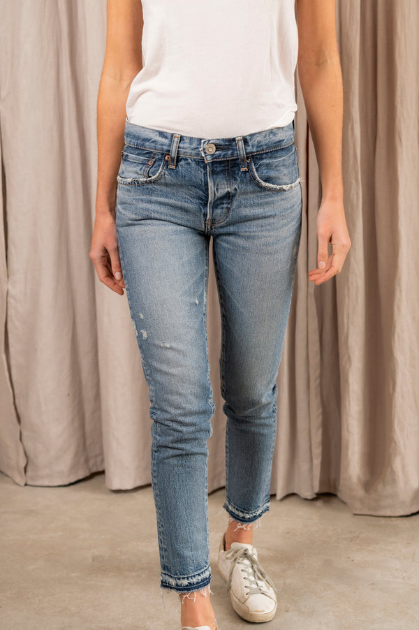 Women's MV Maywood Tapered Jean in Blu