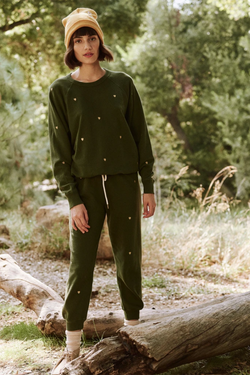 The College Sweatshirt with Heart Embroidery in Army