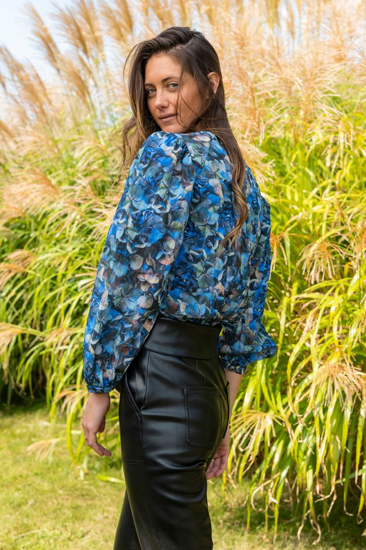 Mylee Top in Blue Hydrangea