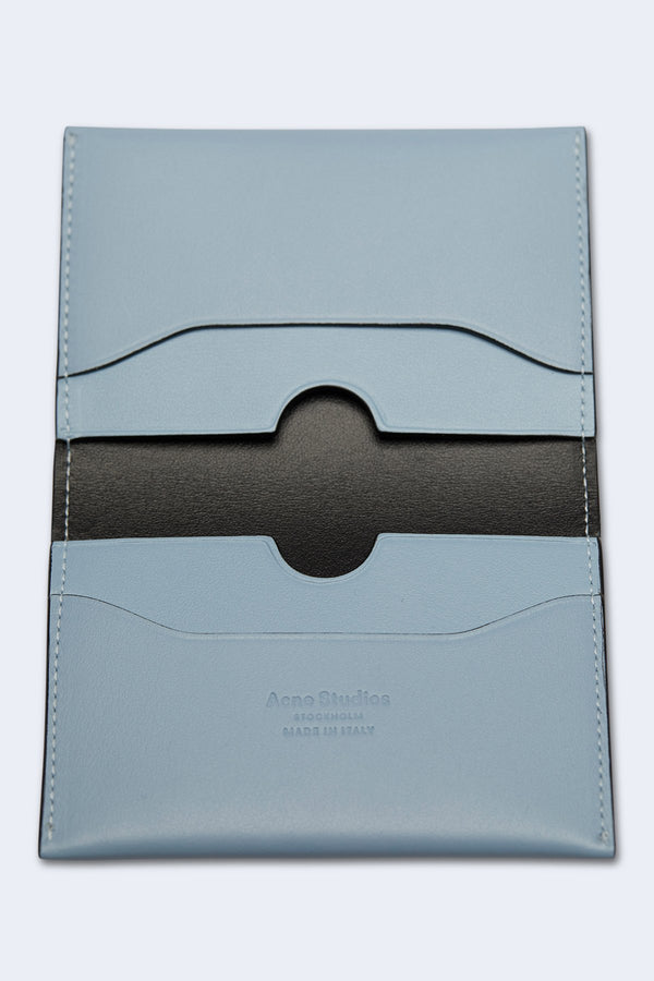 Card Holder Flap in Light Blue/Black