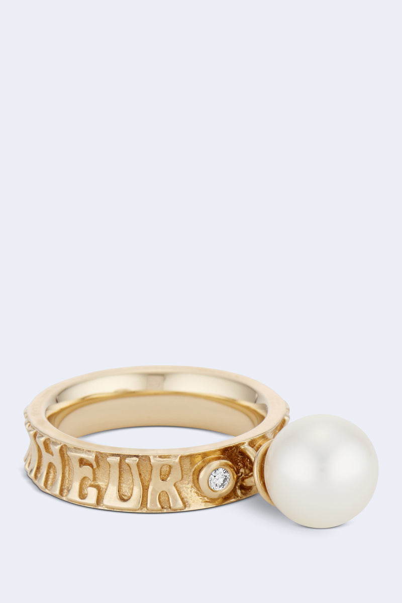 Je Porte Bonheur Dancing Pearl Narrow Ring in Yellow Gold