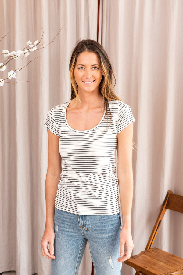 Le Scoop Mid Rise Tee in Blanc Multi