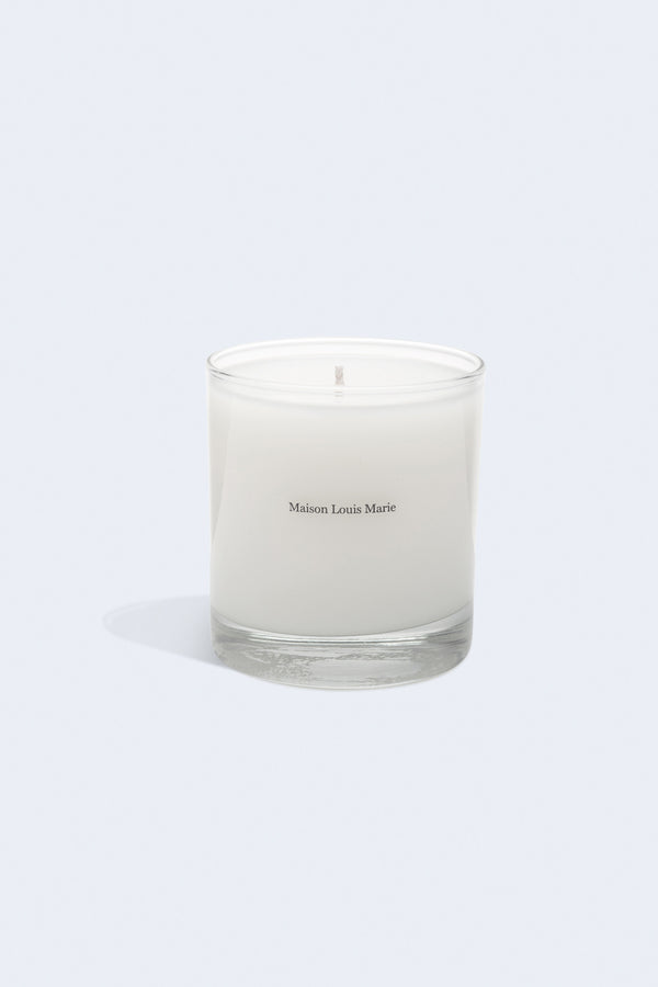 Classic Candle in No. 03 L'Etang Noir