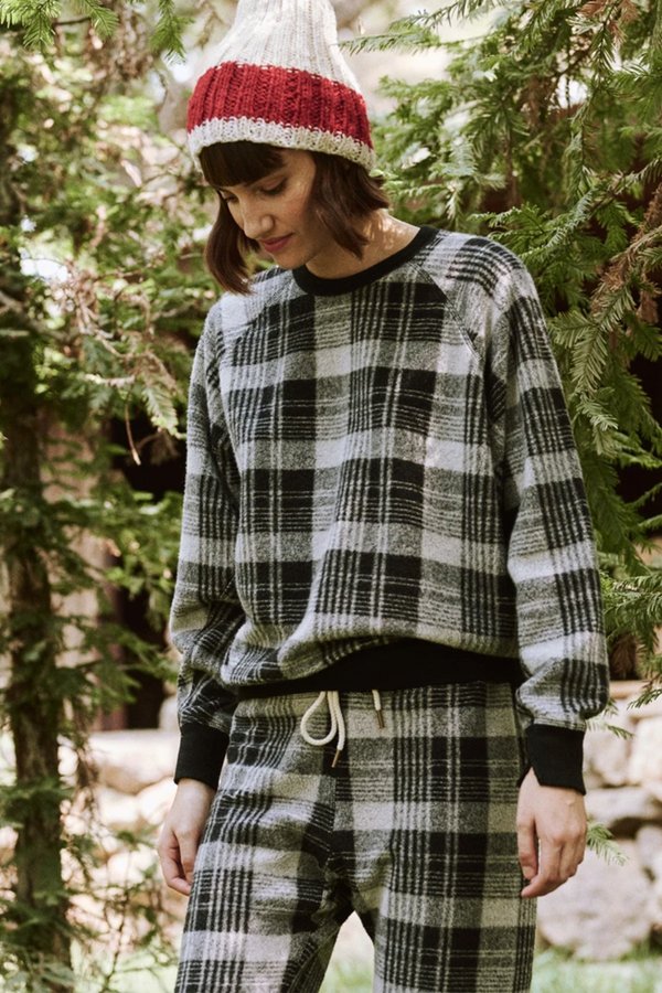 The College Sweatshirt in Black Lumber Plaid